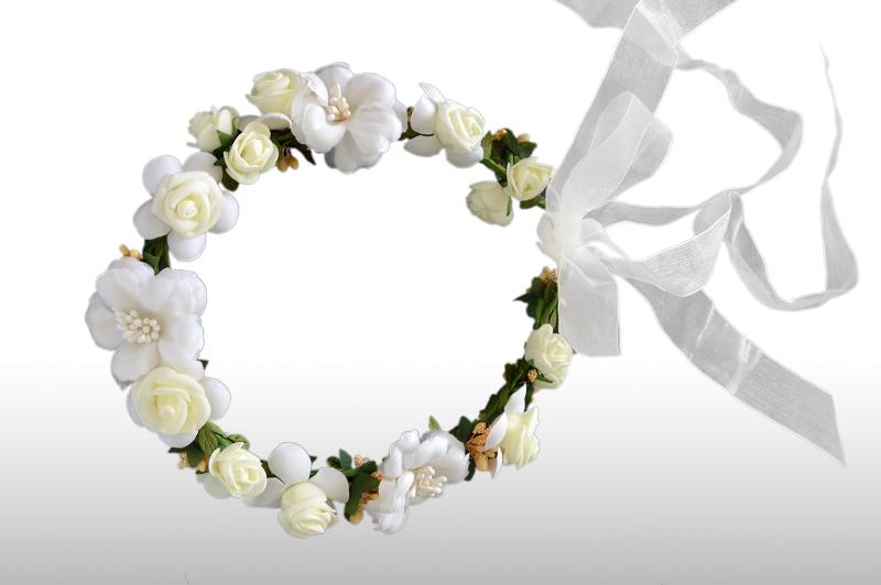 corona de flores para perro en boda